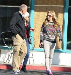 Amanda Bynes - Shopping in LA 12/22/13