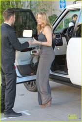 LeAnn Rimes - out in LA 12/24/13