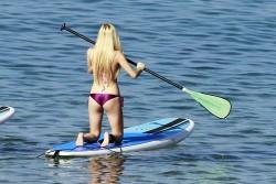 Ava Sambora Wearing a Bikini in Hawaii on January 1, 2014