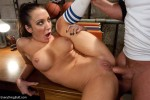 Isis Love, Amy Brooke : The Star Player - Kink/ EverythingButt (2011/ HD 720p)