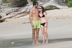 a450fe300353832 Emma Watson   Bikini Candid on Holiday 2014