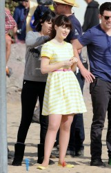 "Zooey Deschanel - Filming ""New Girl"" in LA 1/23/14"