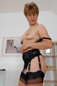 Daisy duke jessica simpson nude