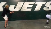 Kate Upton at MetLife Stadium, Behind the Scenes