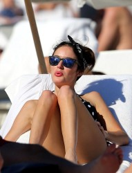 Nicole Trunfio - At the beach in Miami 2/16/14