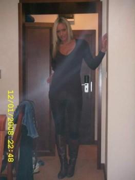 http://thumbnails111.imagebam.com/31278/942ba0312773623.jpg