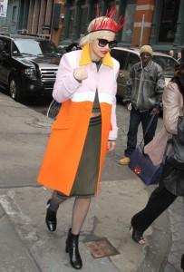 Fotos UHQ sin marcas: Rita Ora caminando por Nueva York – 12 Marzo