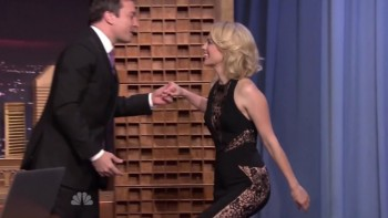 JANUARY JONES - The Tonight Show 03.28.14