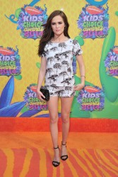 Zoey Deutch - Nickelodeon's 27th Annual Kids' Choice Awards 3/29/14