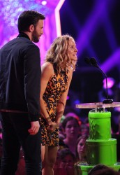 Kristen Bell - Nickelodeon's 27th Annual Kids' Choice Awards 3/29/14