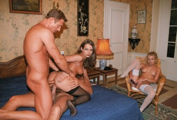 http://thumbnails111.imagebam.com/31916/57aa42319153823.jpg