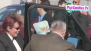 Leaving Film Independent Spirit Awards in Santa Monica (February 23) 58e48c319328608