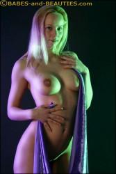 http://thumbnails111.imagebam.com/32075/6e6ec8320742534.jpg