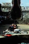 Джеймс Бонд 007: Завтра не умрёт никогда / Tomorrow Never Dies (Пирс Броснан, 1997) E9605f324380659