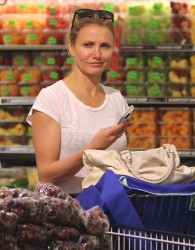 Cameron Diaz - Shopping at Whole Foods in Beverly Hills 5/17/14