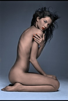 Gisele Bündchen - B/W Picture (Nude but covered) - Colored by me