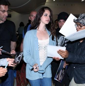 Lana Del Rey - Arriving at LAX 05/28/2014