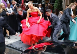 Arizona Muse in stunning red dress @ Met Gala 2014  5/5/14