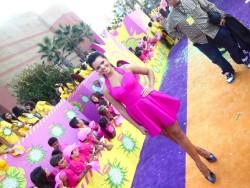 Isabella Castillo slighty windy at Kids Choice Awards 2013