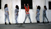 Jennifer Lopez - Booty Shake