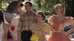Jaime King in southern belle getup from Hart of Dixie