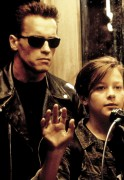 Терминатор 2 - Судный день / Terminator 2 Judgment Day (Арнольд Шварценеггер, Линда Хэмилтон, Эдвард Ферлонг, 1991) Db0a6a333987346