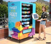 Emma Roberts - Old Navy Flip-flop Vending Machine *leggy* 6/17/14