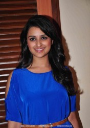 Parineeti Chopra nice legs at Ishaqzaade Promotion Event 5/3/12