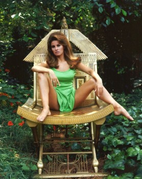 Raquel Welch: 'Spread Wide' - HQ x 1