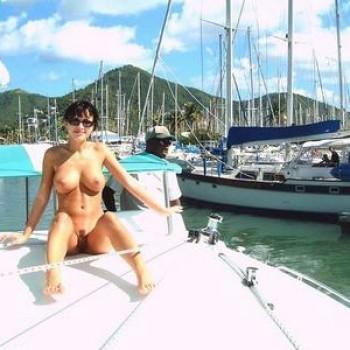 naked boat nude flashing № 93332
