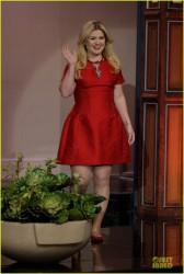 Kelly Clarkson being cute in a short red dress on The Tonight Show with Jay Leno 11/12/13 (pics/screenshots plus video)