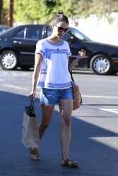 Jordana Brewster Shopping in Brentwood 07-22-2014