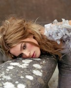 http://thumbnails111.imagebam.com/34100/4377b3340997796.jpg