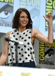 Lauren Cohan 'The Walking Dead' Comic-Con Panel 07-25-2014