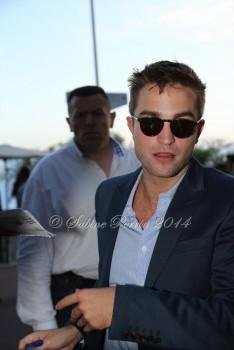 28 Julio - Más de 100 nuevas fotos de Cannes 2014!!! 5895da341555570