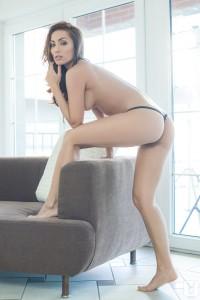 http://thumbnails111.imagebam.com/34206/080dba342052942.jpg
