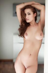 http://thumbnails111.imagebam.com/34222/4c22eb342210867.jpg