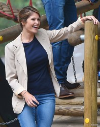 Gemma Arterton on the set of 'A Hundred Streets' in London 08-01-2014