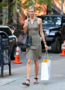 Karlie Kloss out shopping in New York 08/06/14