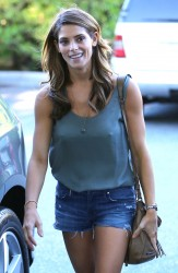 Ashley Greene at Bristol Farms in Beverly Hills 08-14-2014 (Mixed Q, Ass Shot)