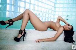 http://thumbnails111.imagebam.com/34655/43e96c346549293.jpg