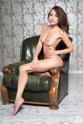 http://thumbnails111.imagebam.com/34655/e21942346545084.jpg