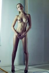 http://thumbnails111.imagebam.com/34715/8a9c93347145571.jpg