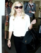 Reese Witherspoon - arrives at the Los Angeles International Airport September 6-2014 x26