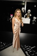 Sammi Hanratty - Snoopy and Belle in Fashion presentation in New York 09/08/14
