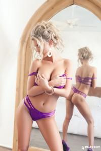 http://thumbnails111.imagebam.com/35047/0c4b67350469083.jpg