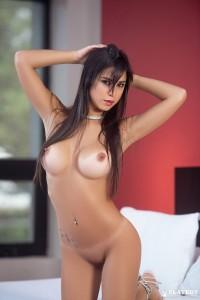 http://thumbnails111.imagebam.com/35047/b33720350468303.jpg