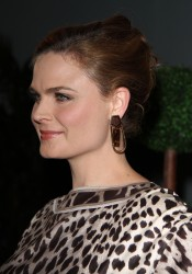 Emily Deschanel Mercy For Animals Gala 09-12-2014