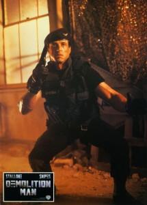 Разрушитель / Demolition Man (Сильвестр Сталлоне, Сандра Буллок, Уэсли Снайпс, 1993) 397959351717369