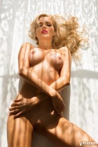 http://thumbnails111.imagebam.com/35175/4a4291351747519.jpg